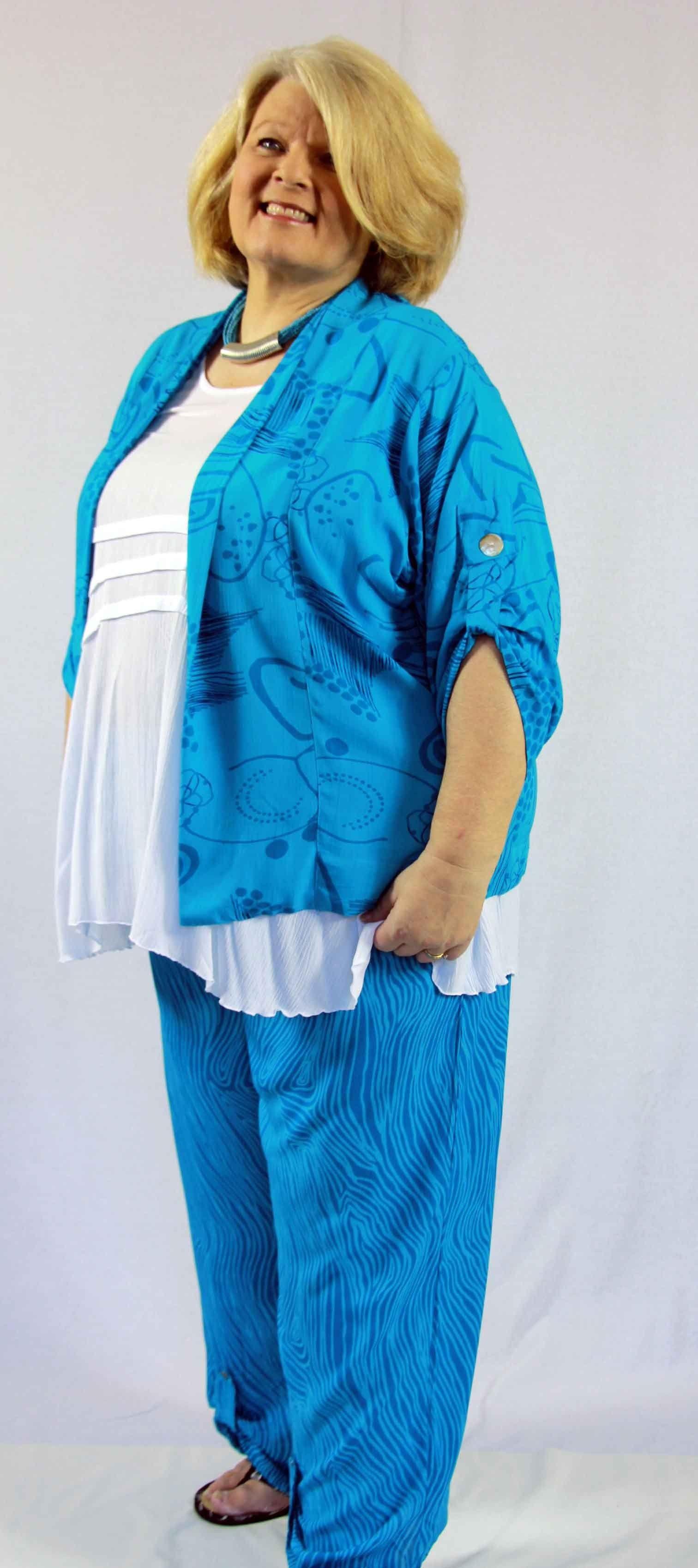 KITA KU Barbados short jacket with tab sleeves.