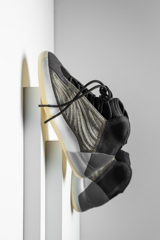 Adidas Yzy Qntm Barium H68771 2020 In 2020 Yeezy Adidas Dream Shoes