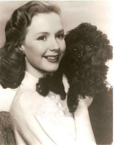 0 Piper Laurie and dog