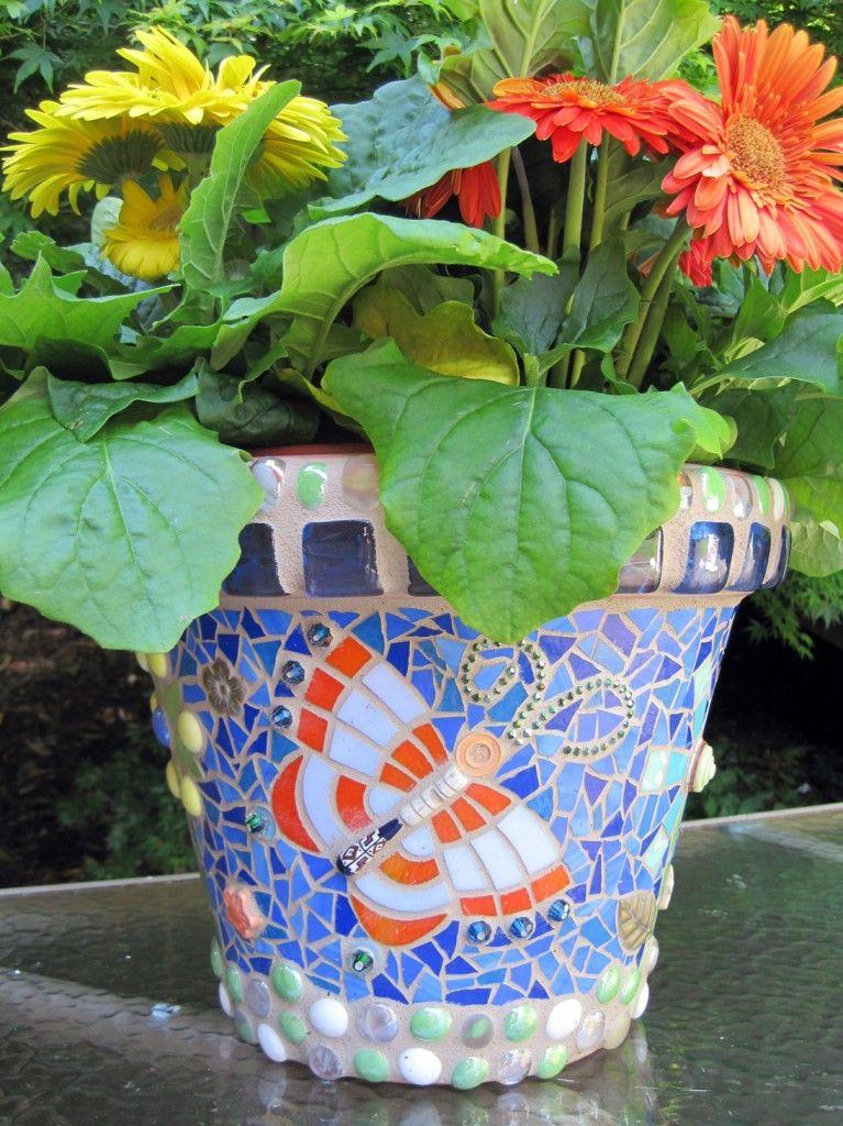 mosaic flower pot mosaic bottles pots vases pinterest mosaik. Black Bedroom Furniture Sets. Home Design Ideas