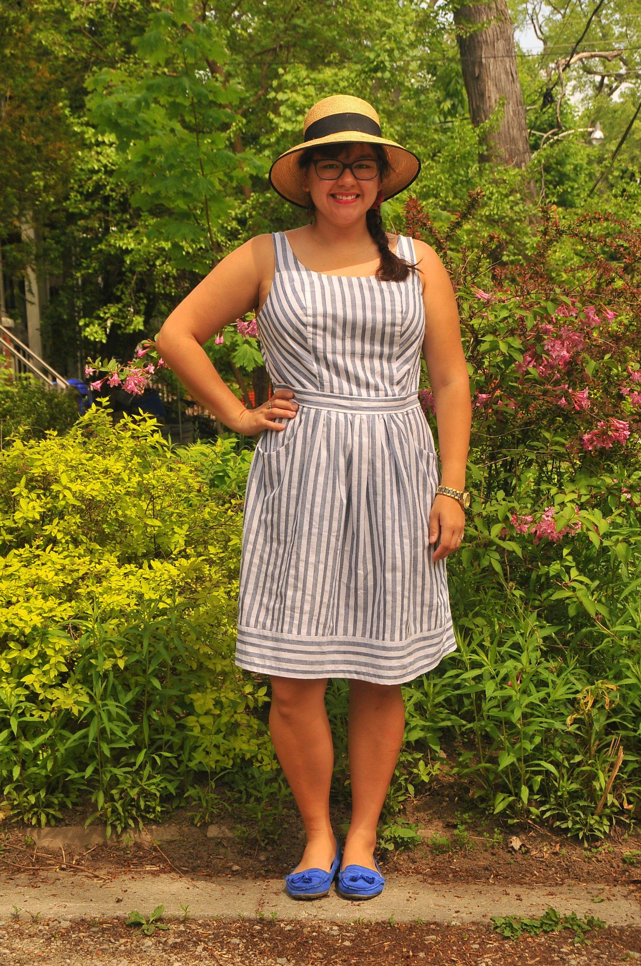 Diy Peppermint Gathered Summer Sundress And Free Pattern Kiku Corner Sundress Pattern Sundress Summer Sundress [ 3148 x 2091 Pixel ]