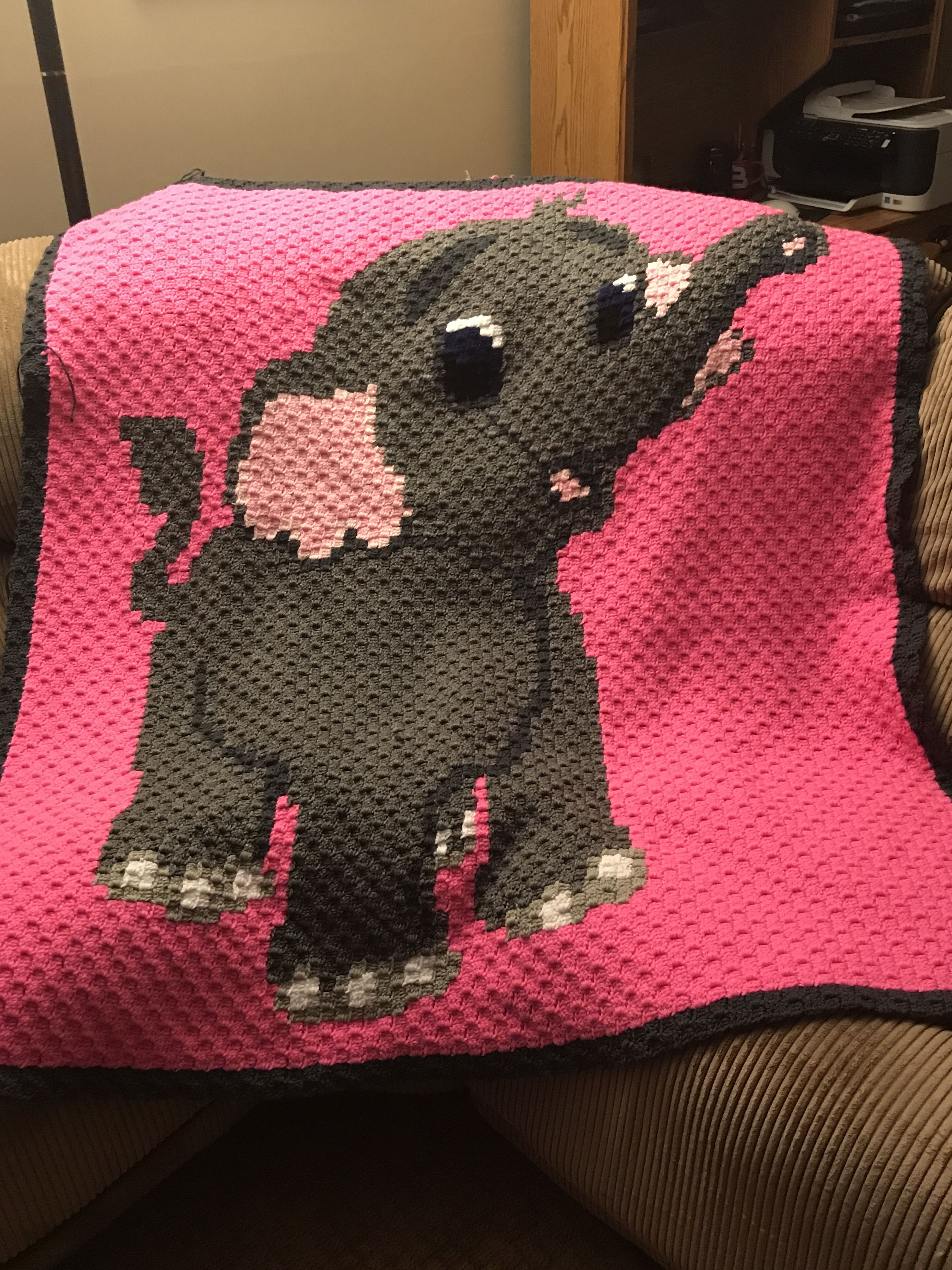 C2C Baby Elephant Blanket pattern by Deanne's Designs | C2C