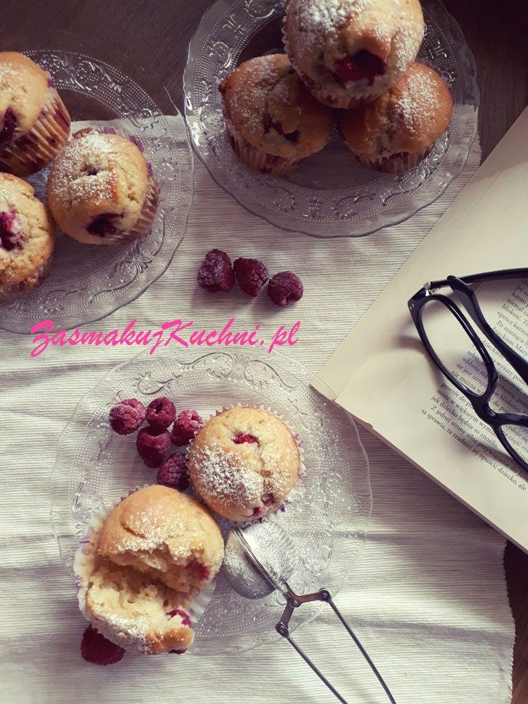 Muffinki Kokosowe Z Malinami Cakes Pinterest Desserts I Cake