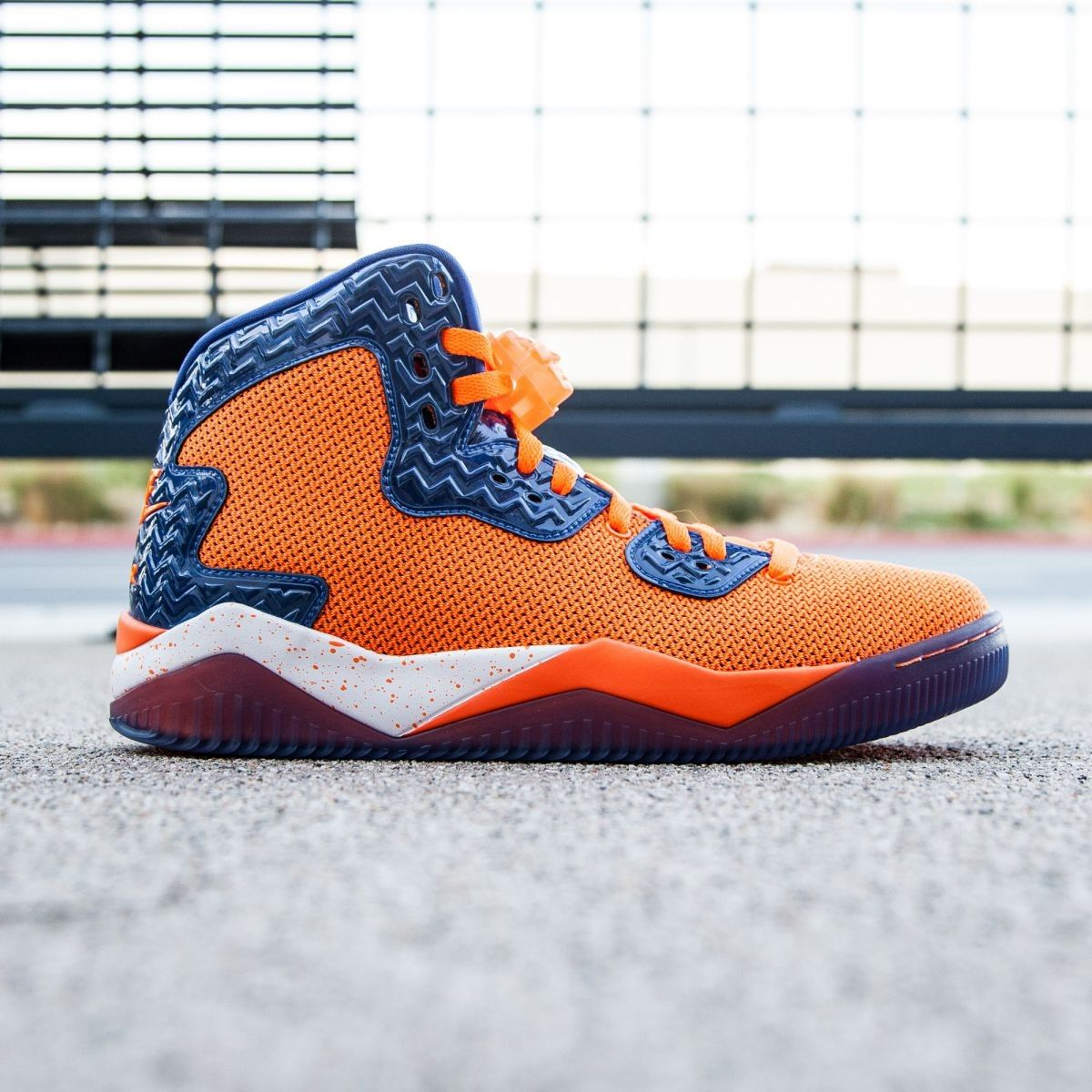 new concept a26a8 a8c1c Jordan Men Air Jordan Spike Forty PE (orange   total orange   game royal    white)