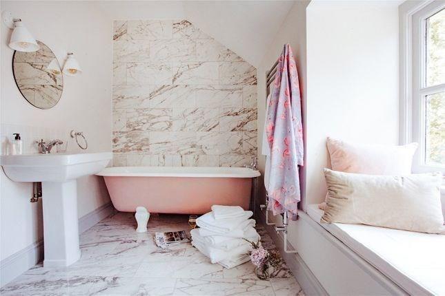 A Fresh Scandi New England Style Home in Wales - Linda Merrill