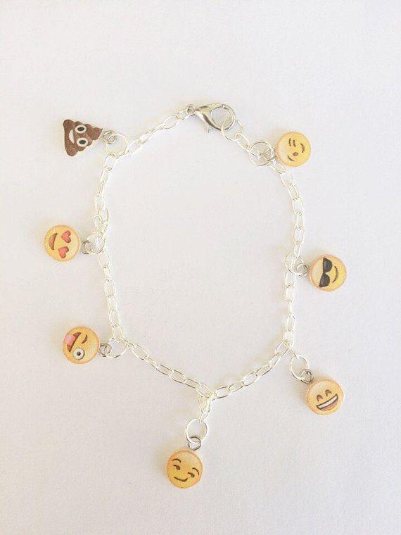 Polymer clay emoji charm bracelet, #emoji  #emojijewerly #emojibracelet , polymer clay jewelry,   $25.00 USD