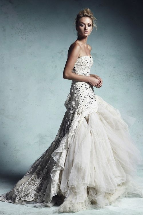 Beautiful Ivory wedding gown / gorgeous layered dress (lovely layers ...