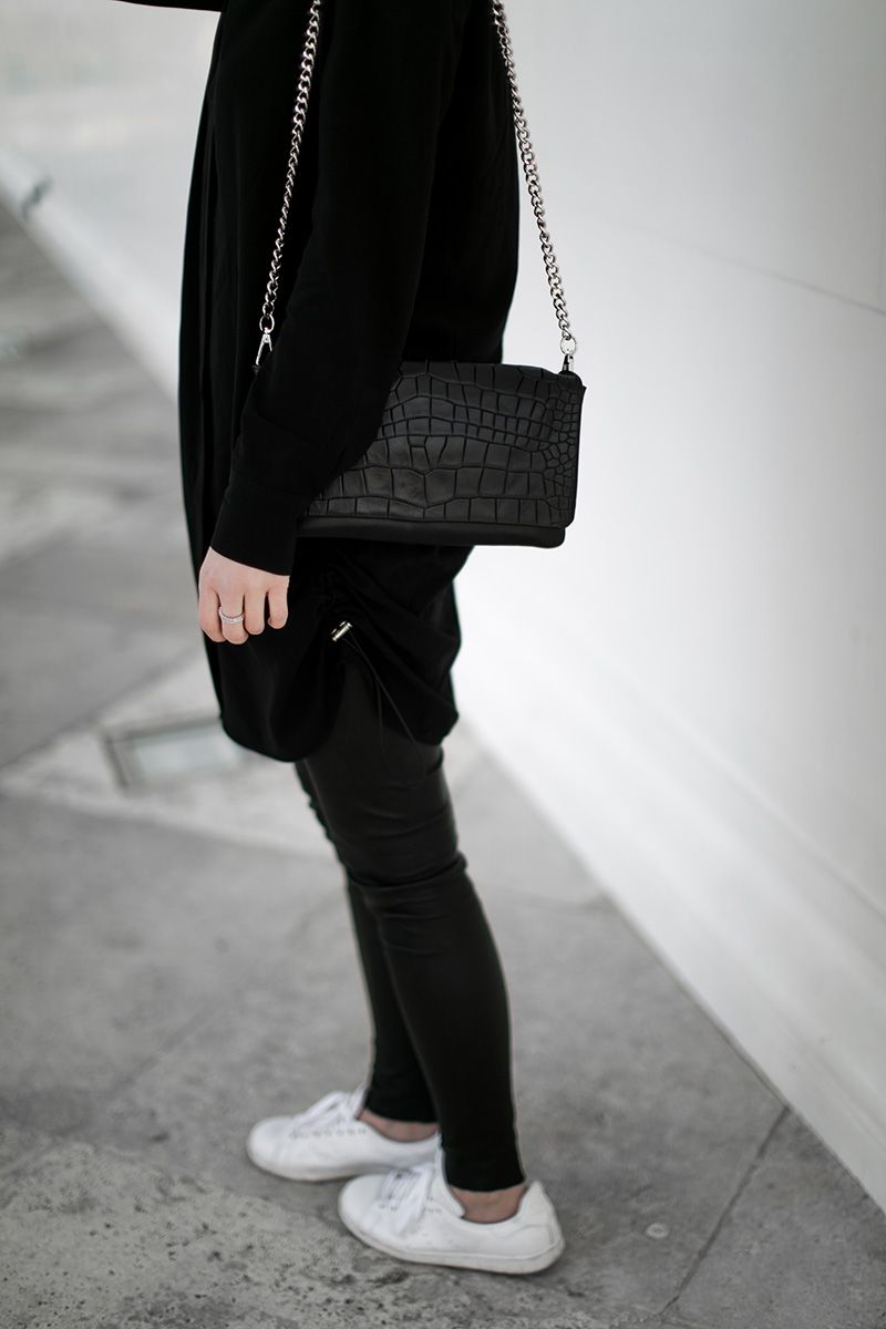adidas stan smith total black