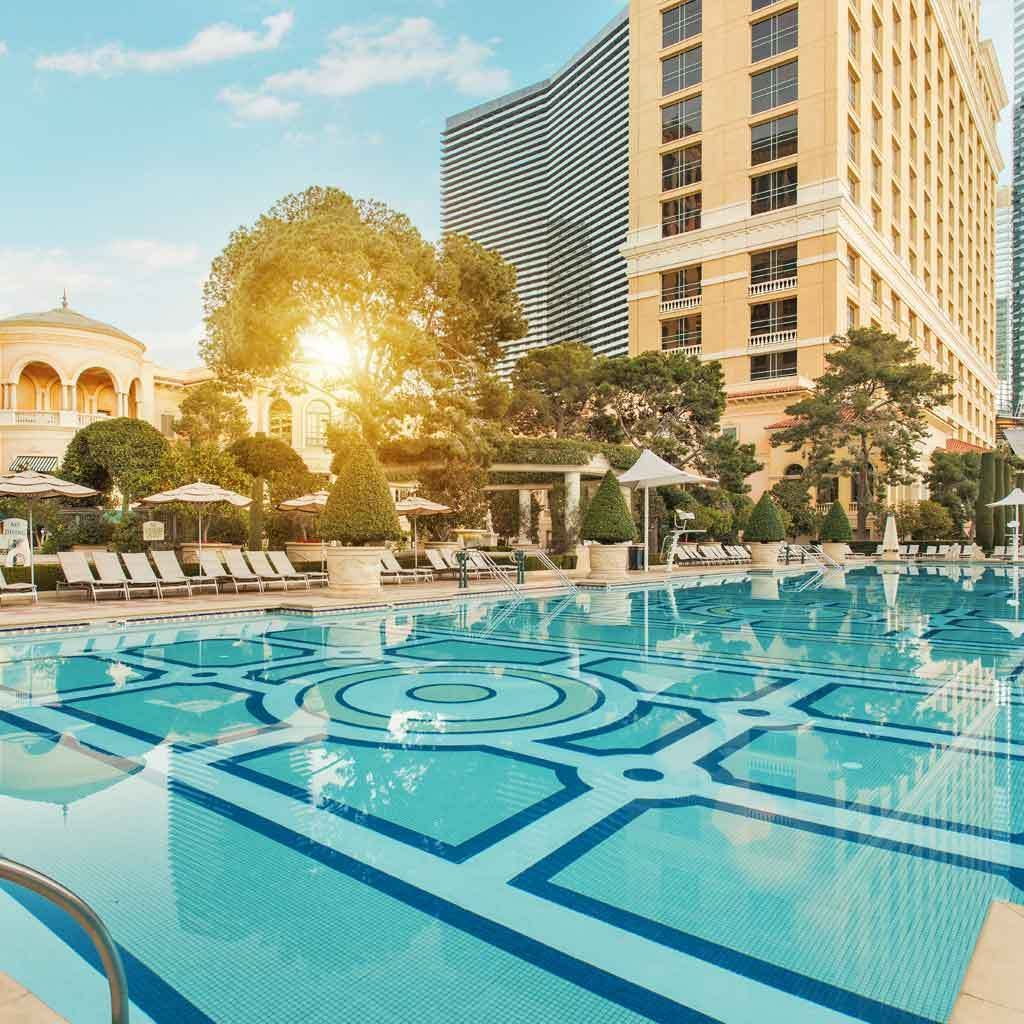 10 Best Pools In Vegas For Fun And Relaxation Best Pools In Vegas Bellagio Las Vegas Las Vegas Pool