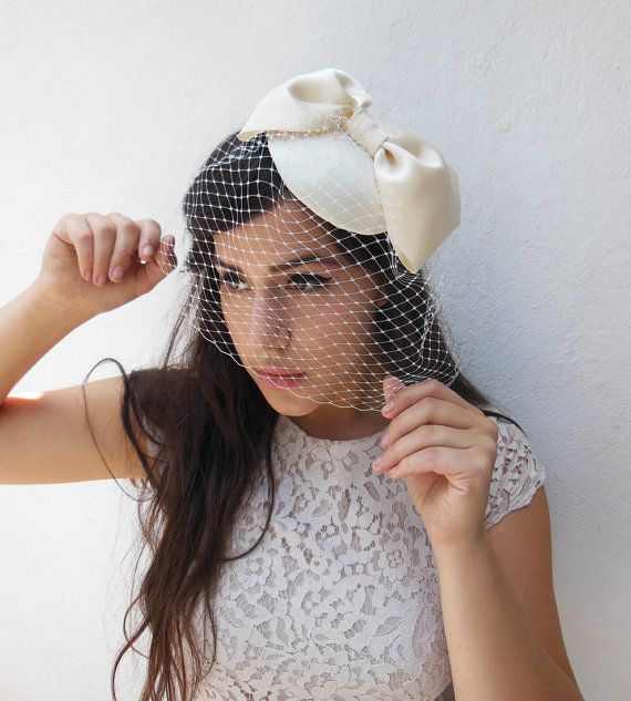 Ivory Birdcage Veil Giant Bow Womens Hat Bridal Fascinator Hair Accessory