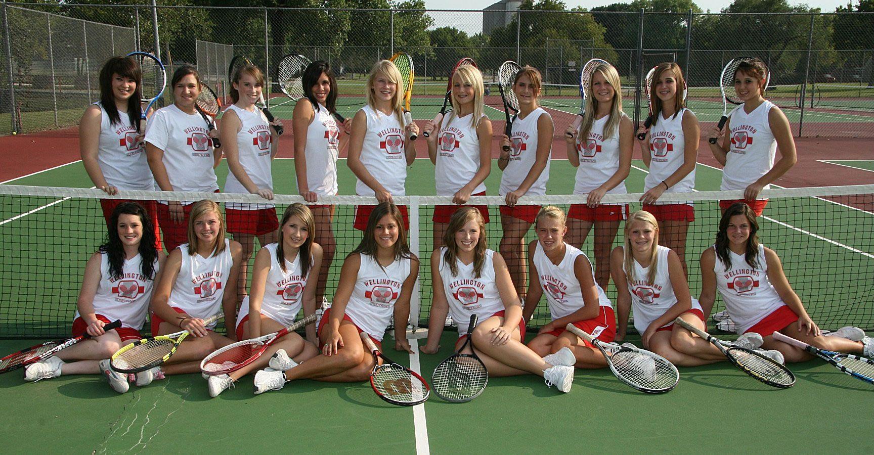 Tennis Team Photo Google Search Tennis Team Tennis Pictures Tennis Photos