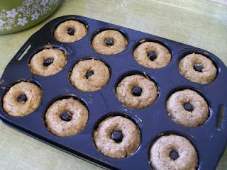 Pumpkin Protein Donuts. I will be making these this weekend!     theworldaccordingtoeggface: Coffee & Donuts #proteindonuts Pumpkin Protein Donuts. I will be making these this weekend!     theworldaccordingtoeggface: Coffee & Donuts #proteindonuts