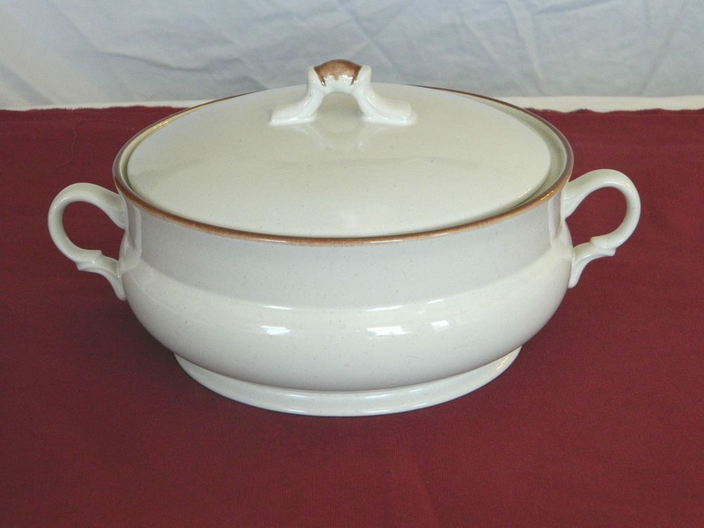VINTAGE CASUAL ELEGANCE HEARTHSIDE STONEWARE SERVING CASSEROLE WITH ...