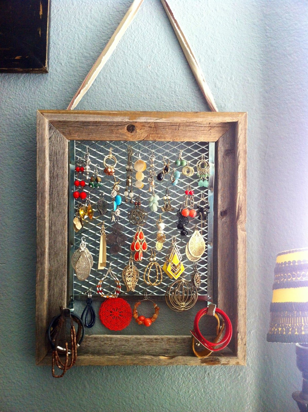 Diy jewelry hanger using a frame from hobby lobby paint tray from diy jewelry hanger using a frame from hobby lobby paint tray from lowes hot jeuxipadfo Image collections