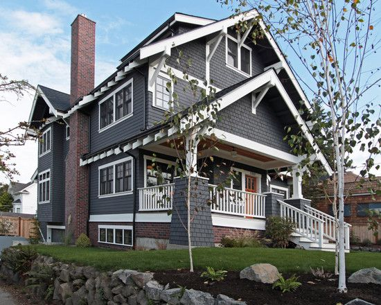 Love the craftsman details deep overhangs white trim w for Exterior house brackets