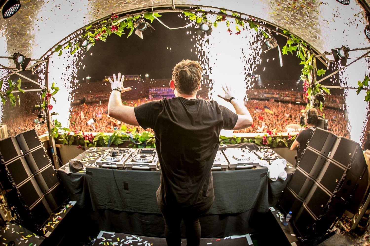 Hardwell Wallpapers And Top Mix Tomorrowland 2014 Musica Electronica Edm
