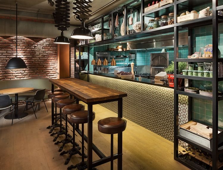 du mobilier style industriel dans un restaurant bistrot pinterest restaurant industriel. Black Bedroom Furniture Sets. Home Design Ideas