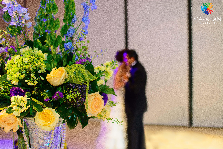 Realiza tu boda en el MIC   Solicita tu cotización: http://bodas.mazatlaninternationalcenter/  #MICMejorImposible #MazatlanInternationalCenter