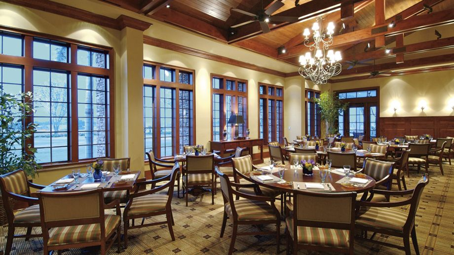 The Ritz-Carlton, Sarasota - The Golf Club Grille feature casual but hearty cuisine in a relaxed, yet refined environment. Indoor and outdoor seating under trelisses is available.