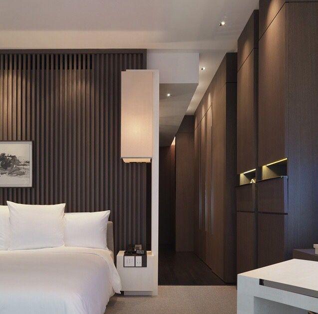 Ripado de madeira cabeceira de cama park hyatt for Madeira design hotel