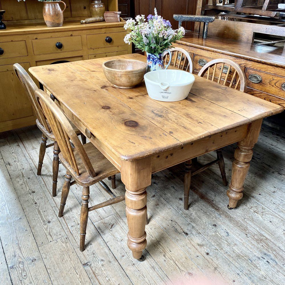 Chunky victorian pine farmhouse dining table antiques