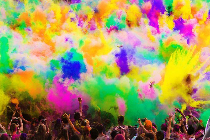 เทศกาลสาดสี Holi Festival of Colors 2012