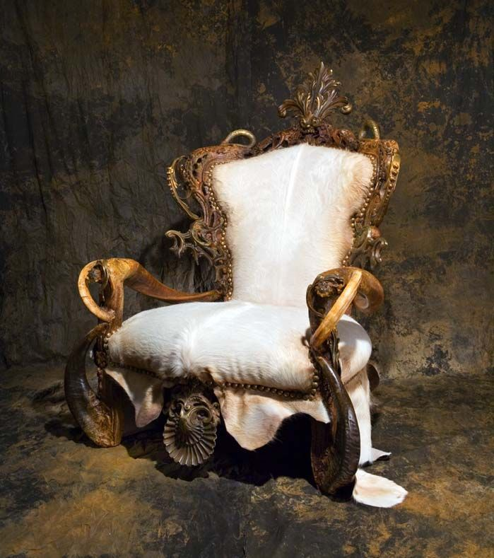 Michel Haillard michel haillard-baroc furniture-exotic leather-horn-teeth-animal