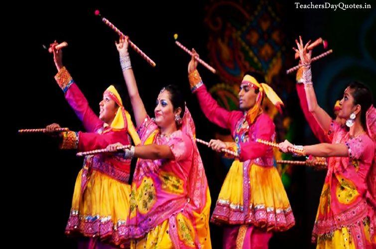 Beautiful Happy Navratri Garba Images HD, Free Download Best Dandiya Dance Pics of Girls & Boys, Special Navratri Dandiya Images for HD Wallpaper