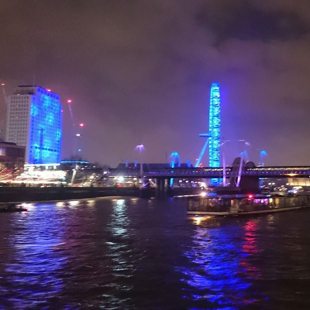 New Year's Eve celebrations on the River Thames! NYE