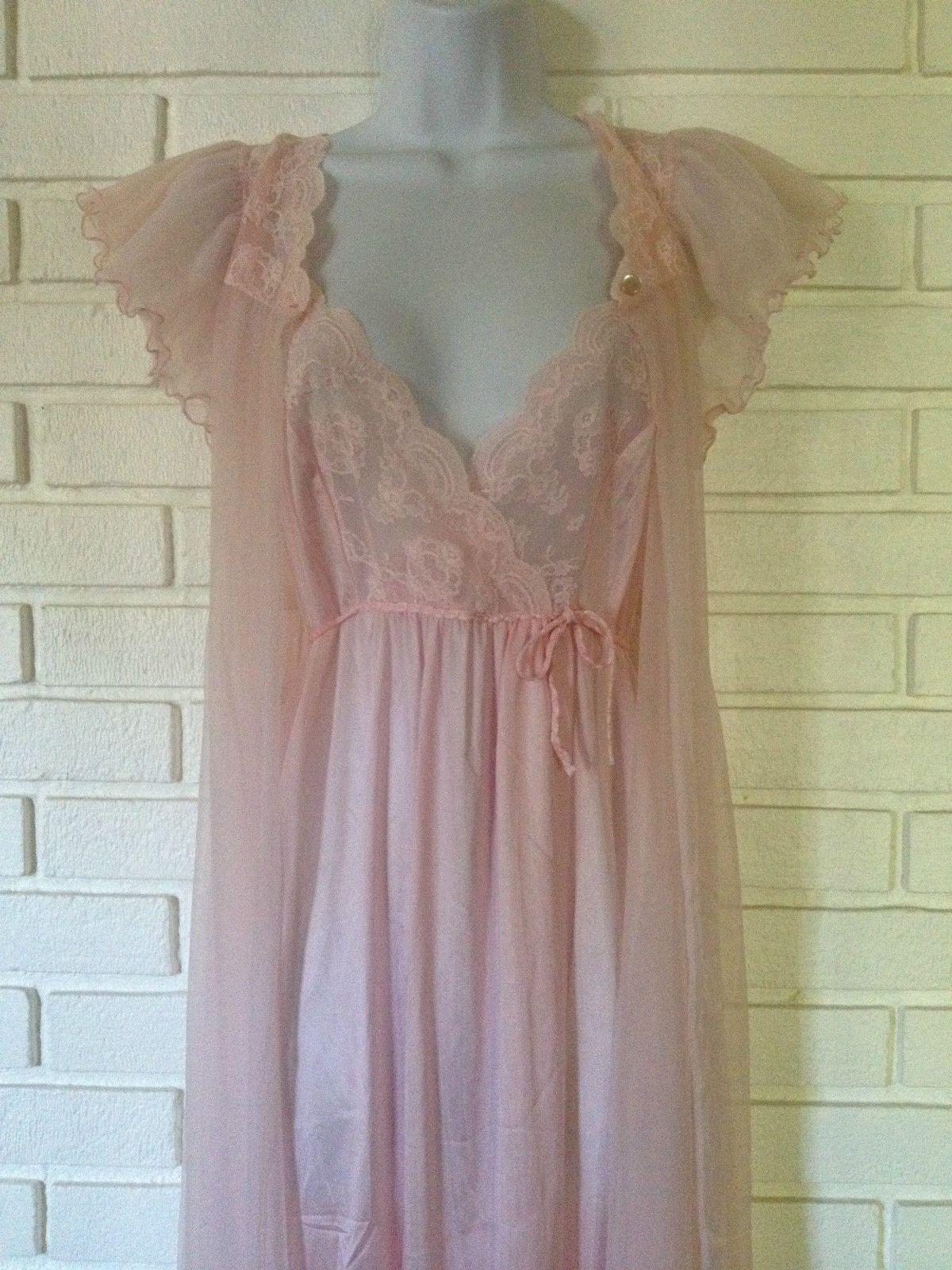 Peignoir-nightgown-negligee-nightdress-bedgown-nightrobe  c0eec28bb
