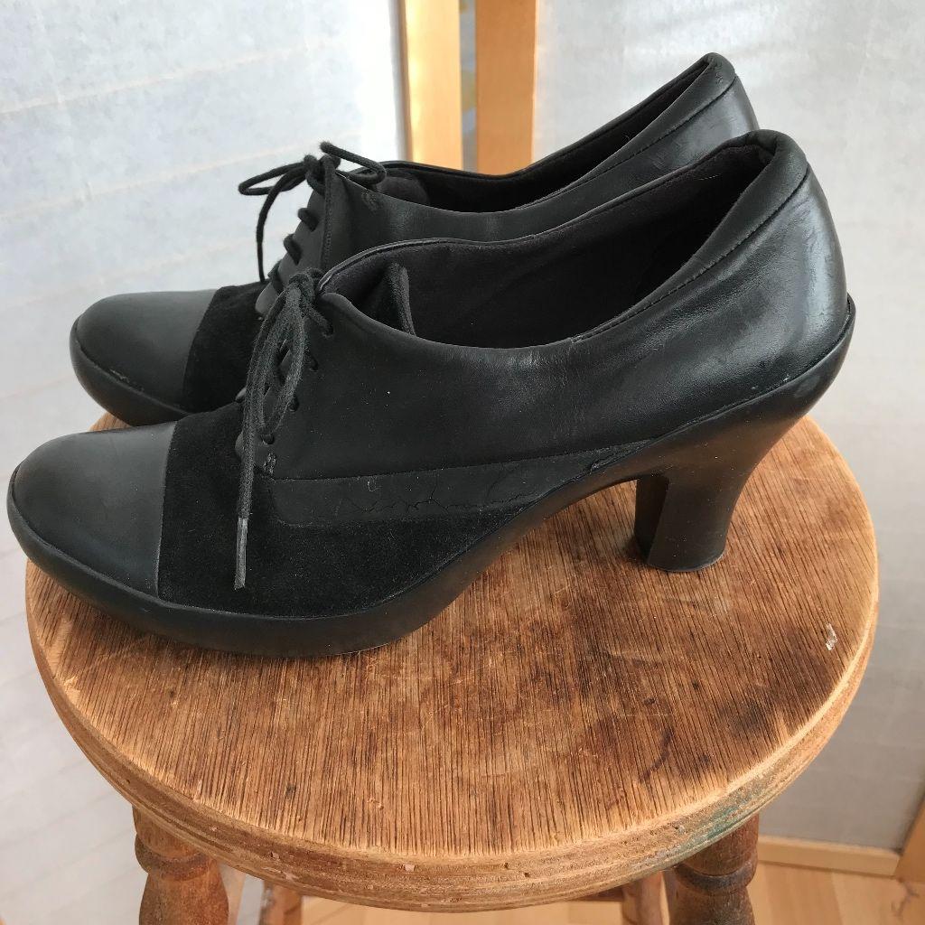 9ddb204343109 Camper Shoes   Sale 2$254$40 Camper Sz 39 Black Leather Pump   Color ...