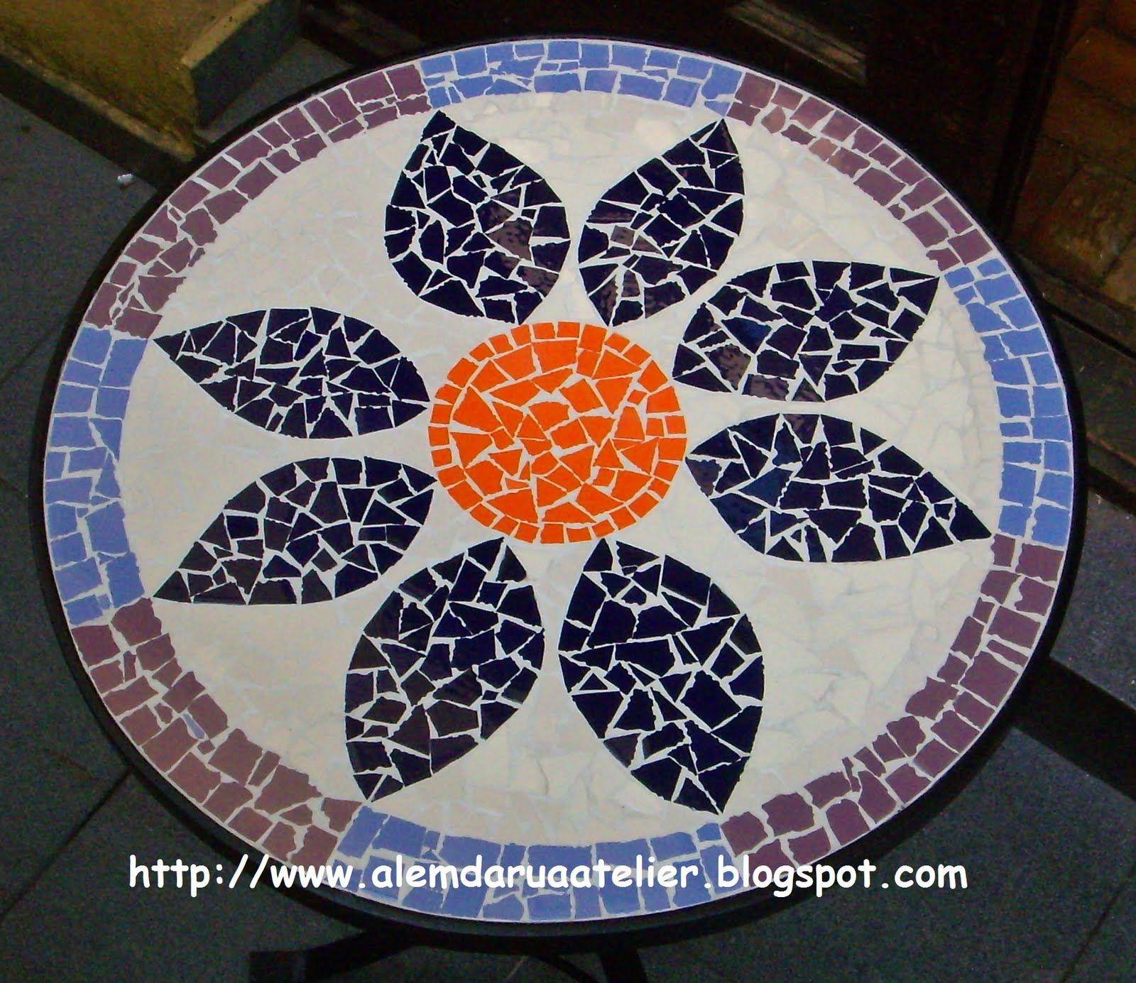 Mosaicos para mesas redondos pesquisa google mesas de for Mesas de mosaico