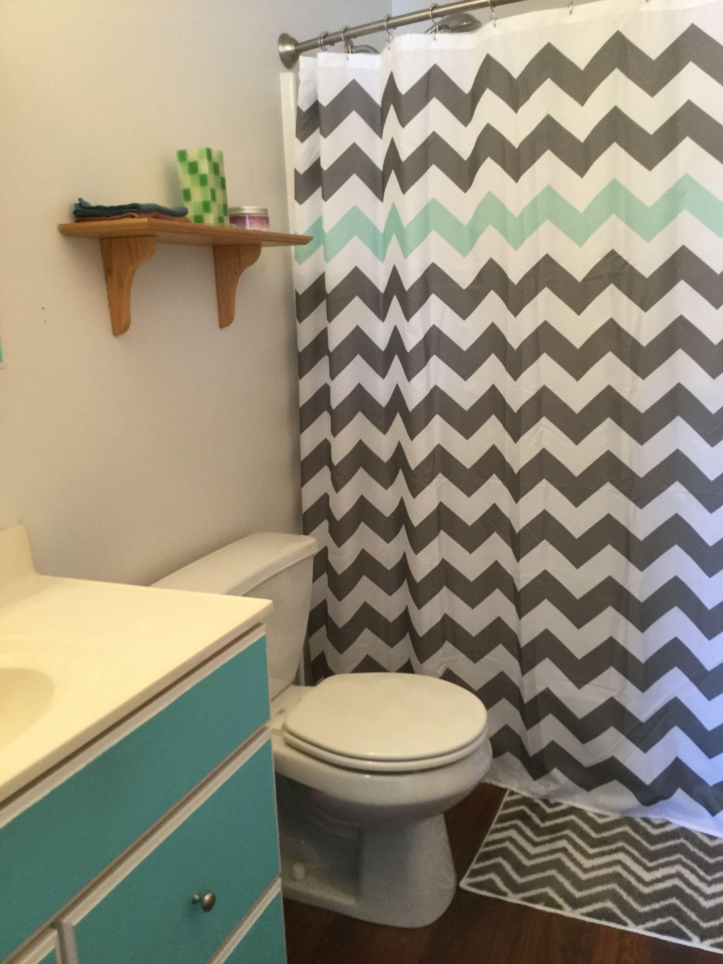 Little paint and new curtain rod/curtain made all the difference in this little bathroom.