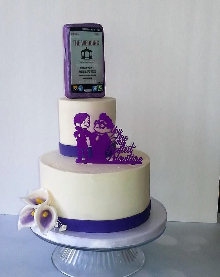 Unique Cell phone wedding cake topper by Rosie93095 - http://cakesdecor.com/cakes/273583-unique-cell-phone-wedding-cake-topper
