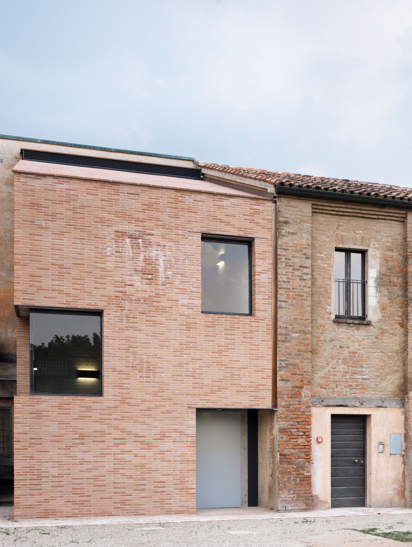 Lr architetti addizione e ridefinizione spazi interni for Architetti d interni famosi