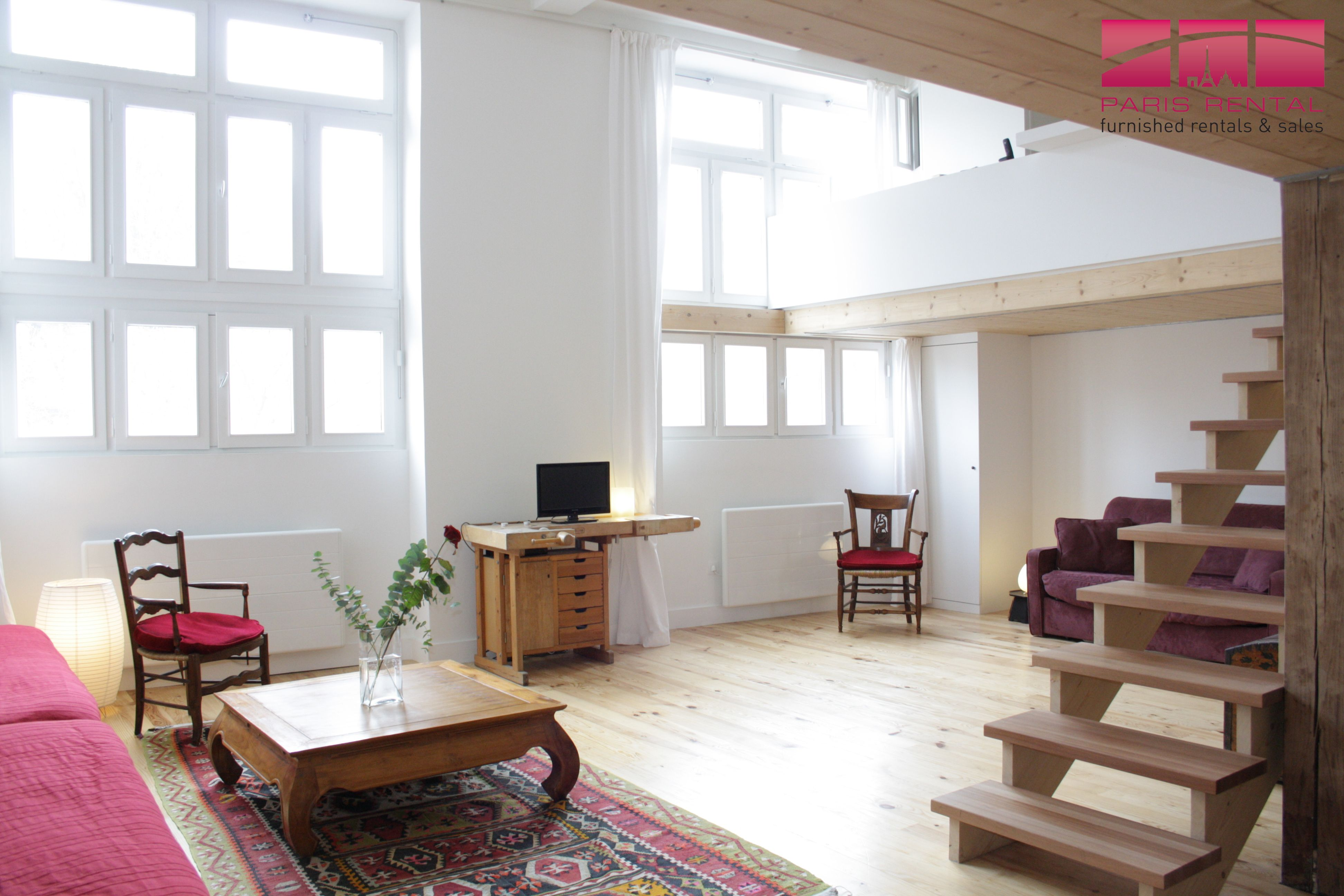 This 1bedroom furnished loft in the 11th arrondissement