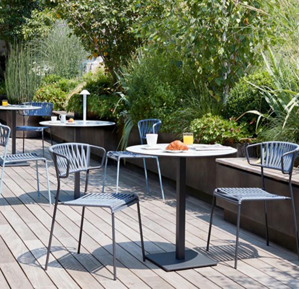 Table Marmo Table Effet Marbre Pour Bar Restaurant A Voir Bar Restaurant Chaise D Exterieur Mobilier Restaurant