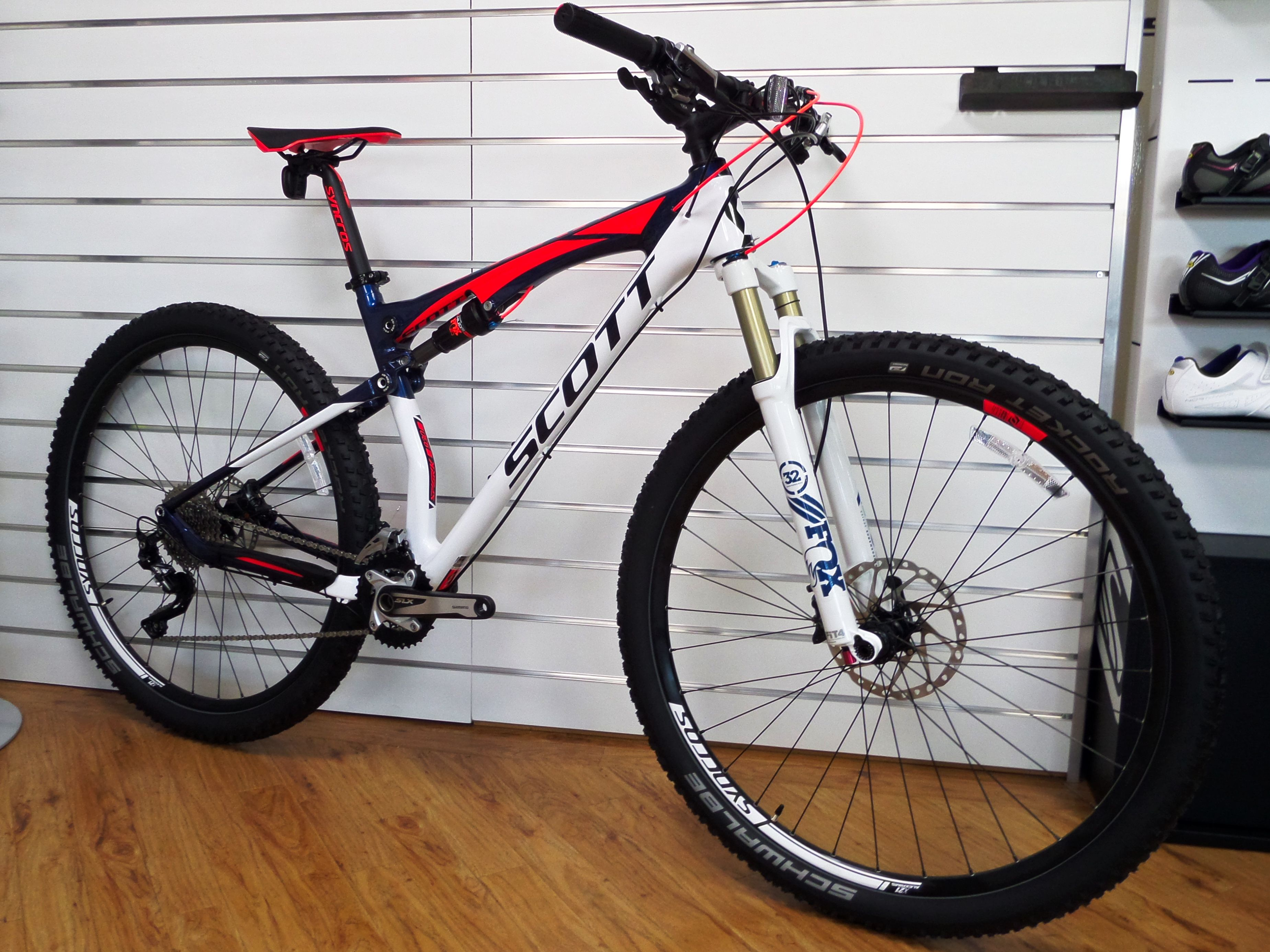 615ee291082 2016 Scott Spark 930 now in store! | Mountain Bikes | Scott bikes ...