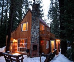 Attrayant The Honeymoon Cabin Is Perfect Vacation Cottage Located On The West Shore  Of Lake Tahoe, Dog Friendly And A Great Hot Tub.