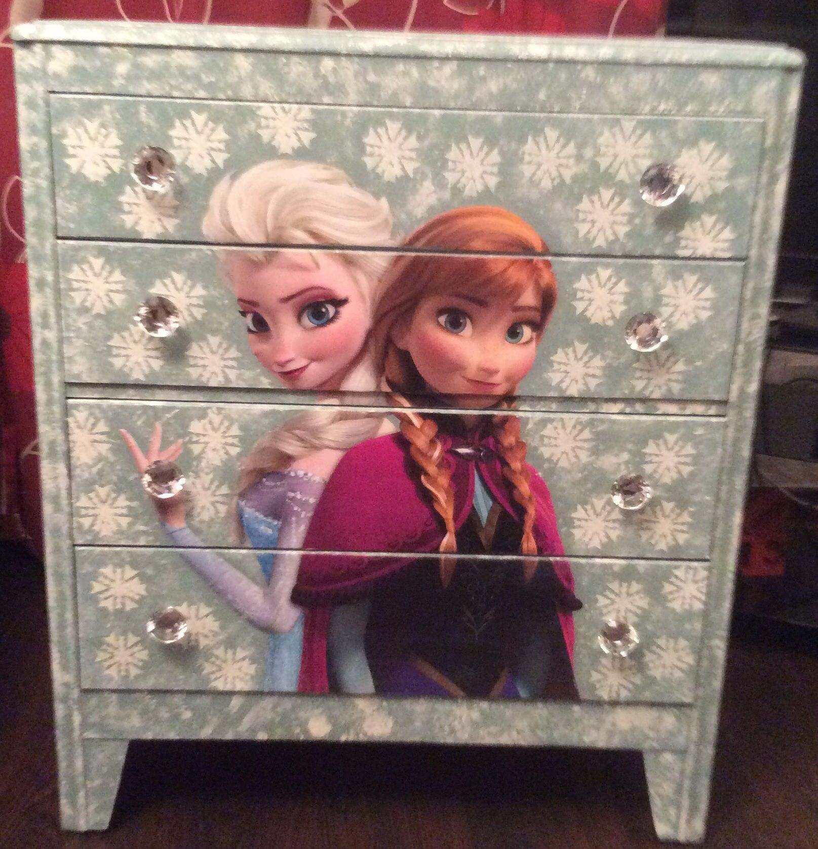 Frozen dresser | Kids bedroom accessories, Frozen room ...