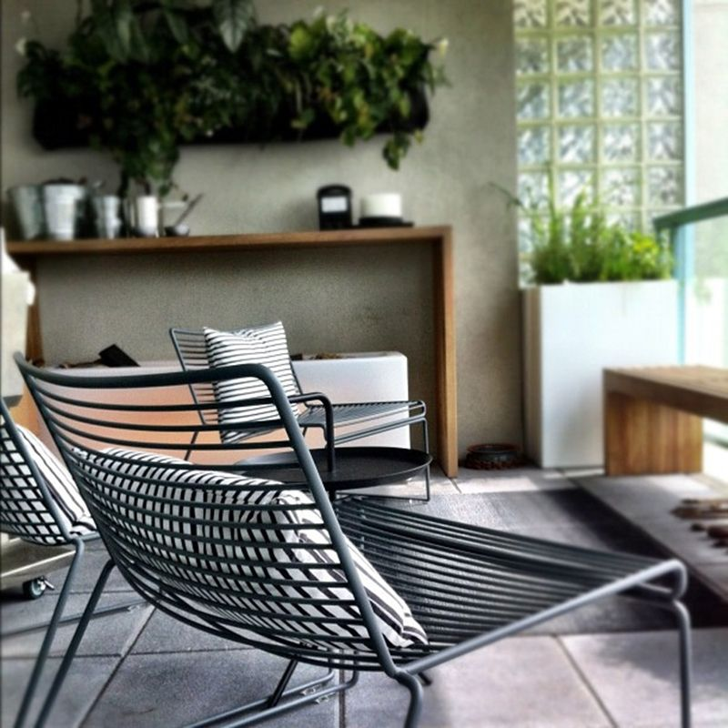 Hee Lounge Chair - Hay https://www.livingdesign.be/nl/producten ...