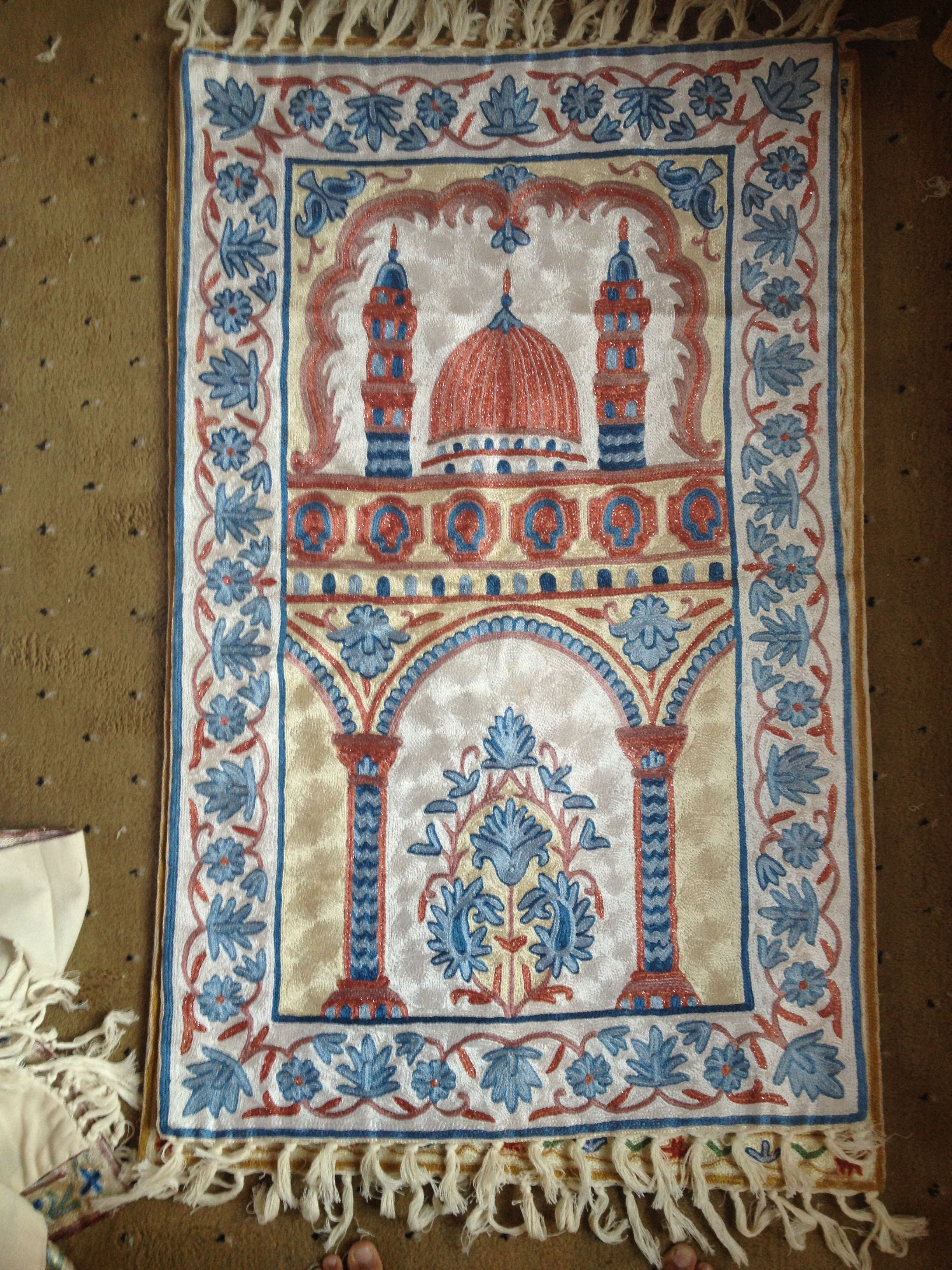 Handmade Cashmere Silk Rugs For Sale If Anybody Intrested Call Me Or