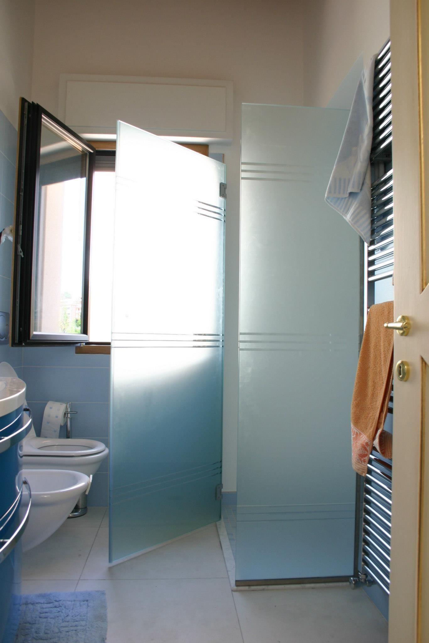 Box doccia vetro satinato con incisione Riccione Box