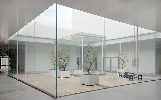 21st Century Museum Of Contemporary Art Kanazawa Japan By Sanaa Museum Of Contemporary Art Art Galleries Design Contemporary Art Gallery