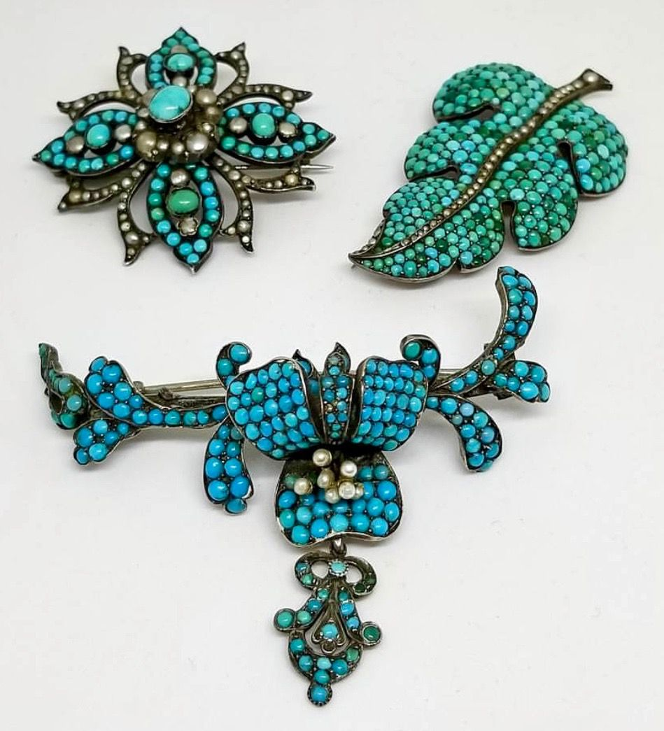 Antique Turquoise Pave Leaf Charm