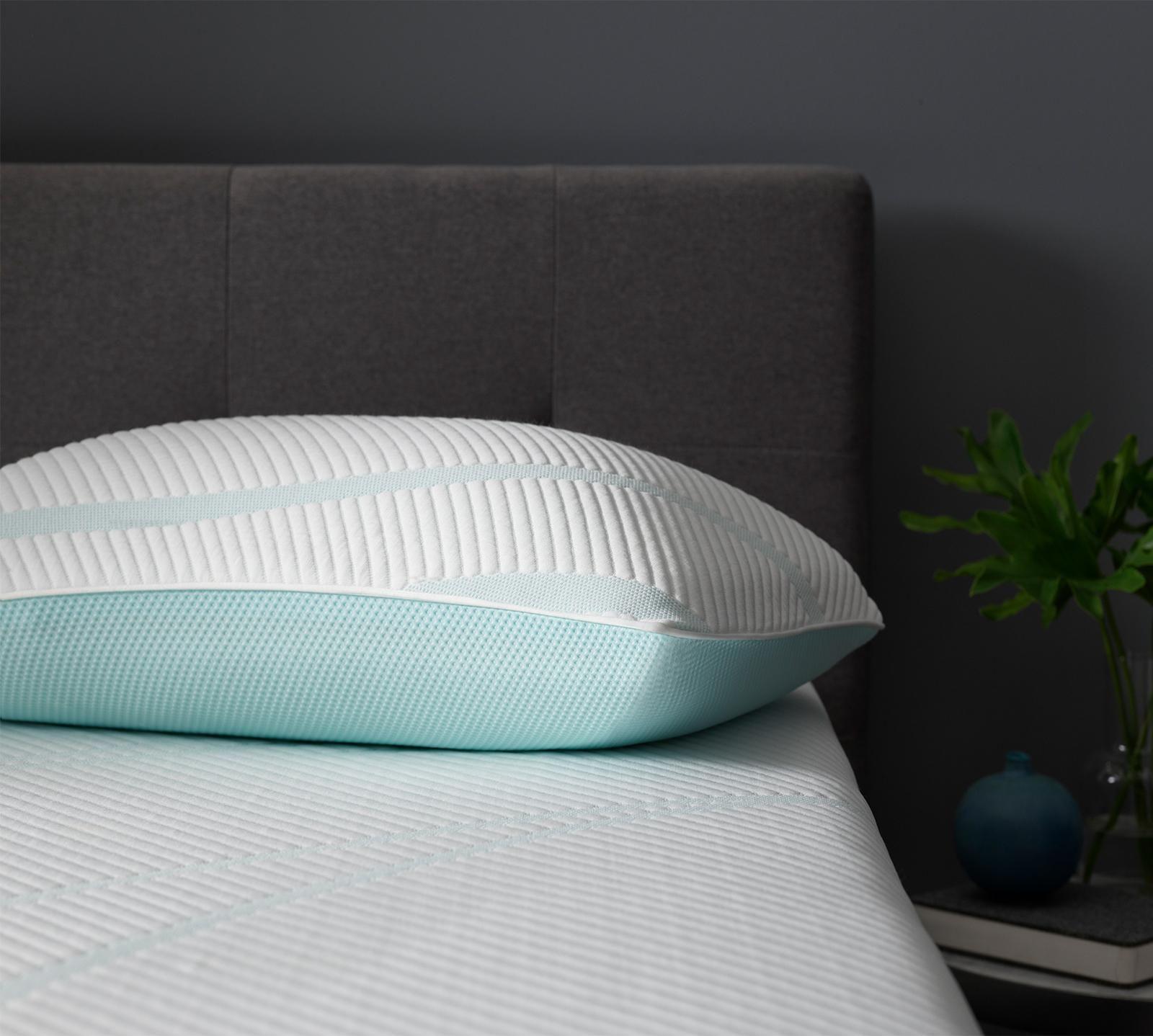Tempur Pedic Tempur Adapt Pro Mid Cooling Pillow In 2020 Pillows Best Pillow Foam Pillows