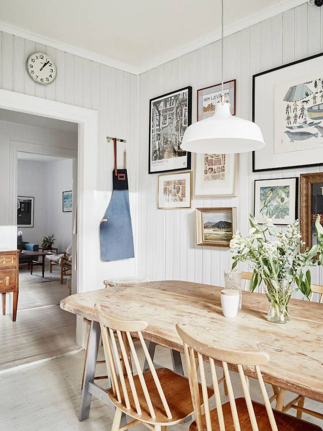 Country Style In A Modern Flat With Surprising Results Scandinavian Dining Room Dining Room Design Country Dining Rooms