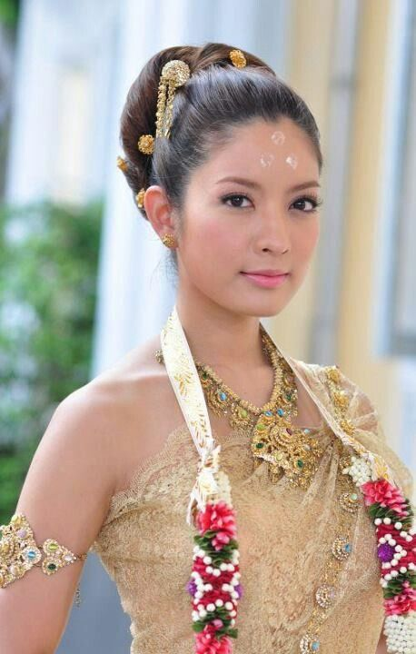 30 Pictures Of Beautiful Brides From All Over The World Thai