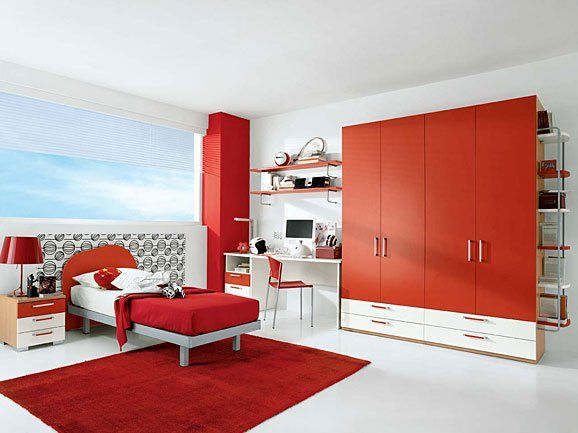 Cameretta rossa per bambini. Red bedroom for kids