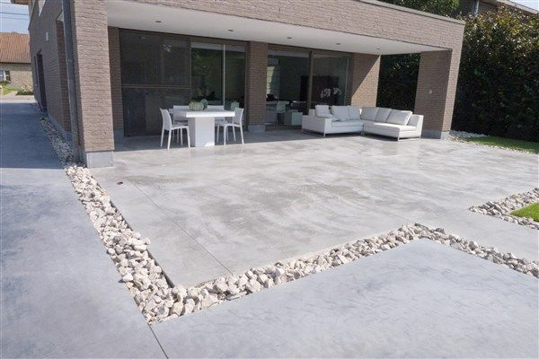 Terras en paden in beton beton grondwerken van gaeveren nv